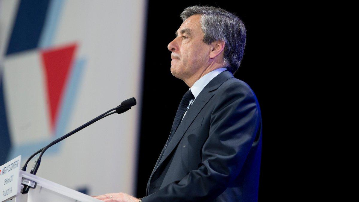 Plus d&#39;un Breton sur deux a ressenti de la colère suite à l&#39;affaire Fillon  http:// bit.ly/2m0vCJu  &nbsp;   #politique #Bretagne  #Presidentielle2017<br>http://pic.twitter.com/oV0rd2WxzE