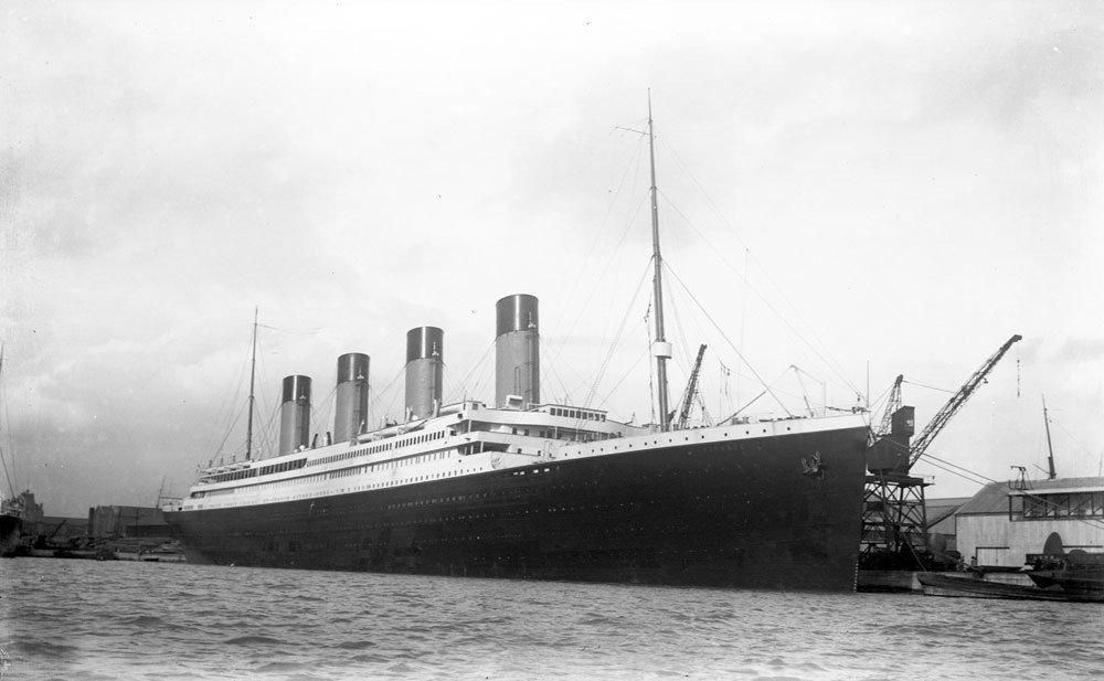 #Cherbourg Découvrez la #Citédelamer avec #Intercités #Titanic #Redoutable et les aventuriers des grands fonds  http://www. cotentin-webradio.com/2017/02/cherbo urg-decouvrez-la-cite-de-la-mer-le-redoutable-dans-la-manche-details.html &nbsp; … <br>http://pic.twitter.com/cIlmiZroQK