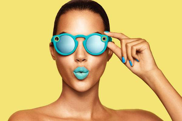 Spectacles, occhiali smart per condividere video su Snapchat
