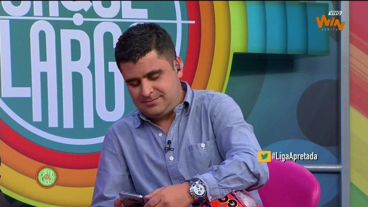 Vota por la joya de la jornada con #LigaApretada  Jugada 1 de Martínez...
