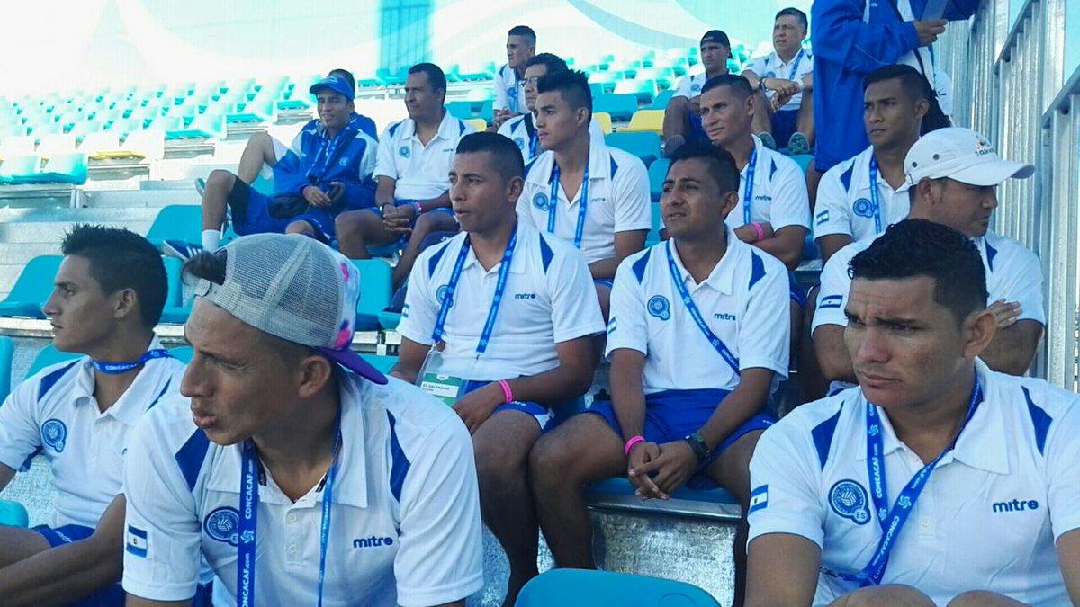 Campeonato de CONCACAF 2017 en Bahamas. C5I3kPiUYAAWSV8