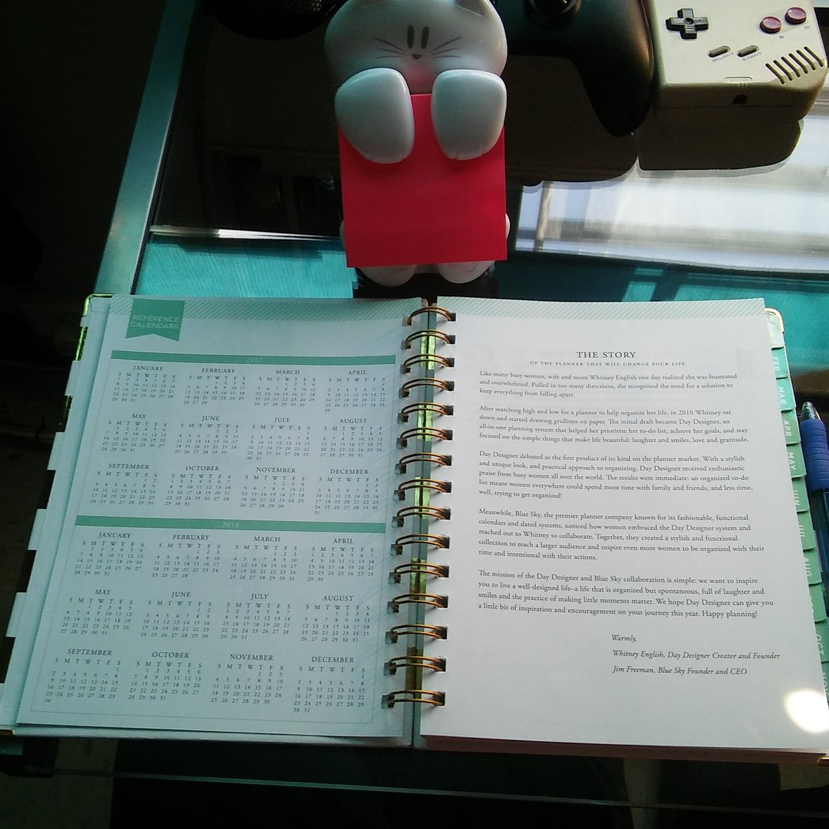 Gotta stay focused and #organized. #planner life #TeamEmmmmsie. #SupportSmallStreamers. Gotta grind :) <br>http://pic.twitter.com/na5GIpQQqb
