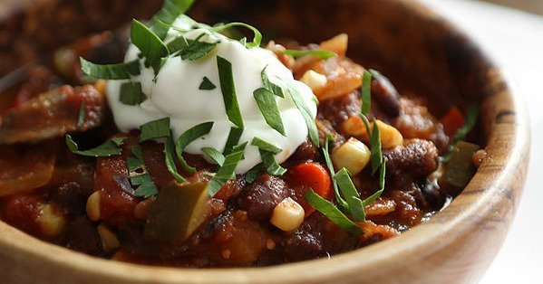 18 Healthy Slow-Cooker Recipes That Basically Cook Themselves