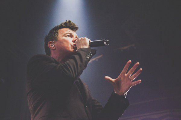 RT @brooklynvegan: listen to Webster Hall sing along with Rick Astley (pics, video) https://t.co/QUHe9k42Jo https://t.co/9oK4BmGrCF