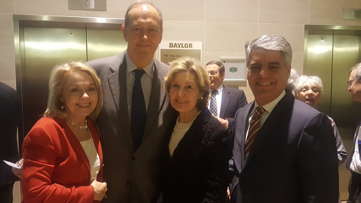 "Kay Bailey Hutchison on Twitter ""So happy to see my colleauge"
