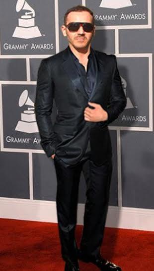 Les conseils d&#39;Ivan Bitton styliste de célébrités à Hollywood  http:// dld.bz/dCDhy  &nbsp;   #Hollywood #styliste<br>http://pic.twitter.com/lKXfi244wb