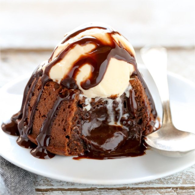 It's Not Too Late to Say I Lava You: 13 Chocolate Molten Lava Cakes
