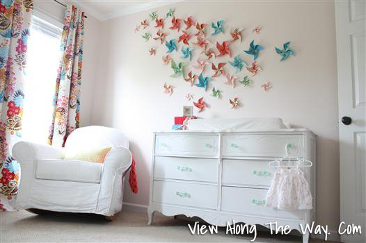 How to Make a DIY Pinwheel Art Installation Wall in a Nursery