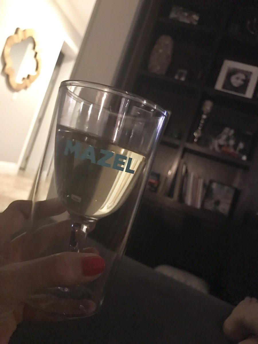 Finally feeling better! Got my Pinot Grigio in my #Mazel cup, ready &amp; waiting for #PumpRules #SummerHouse &amp; @Andy!<br>http://pic.twitter.com/xZGyTEqOTb