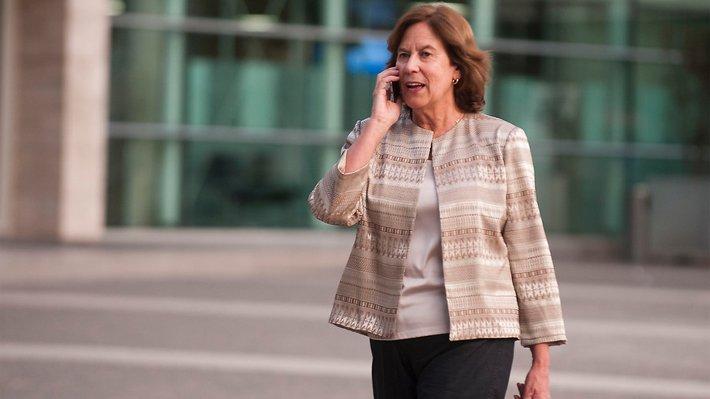 Gobierno de Raúl Castro impide entrada de ex ministra Mariana Aylwin a...