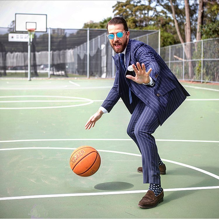 Impressive pinstripe suit! Style by brentwilson25. Share and get your style at https://t.co/ioASY4Pc7k #stripedsuit #madetomeasure #navyblue https://t.co/xuD3Wxt3Xn