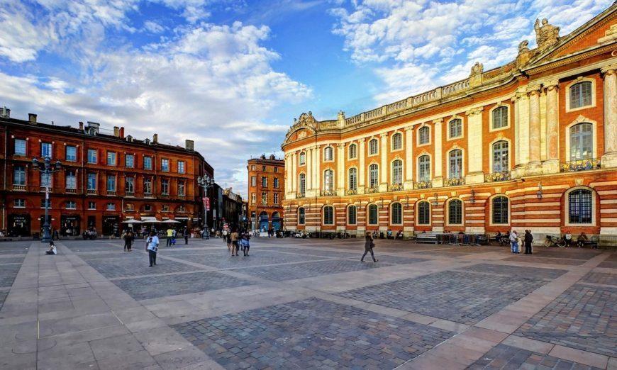 On fait une pause #déjeuner #sansgluten à #Toulouse ? Notre guide    http:// crwd.fr/2lH7xqo  &nbsp;  <br>http://pic.twitter.com/E6RSb8zK1G