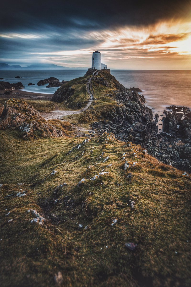 A stunning image from @byrnephoto_uk's trip to Anglesey gets him onto the #WexMondays shortlist https://t.co/HrBPFK8FAf