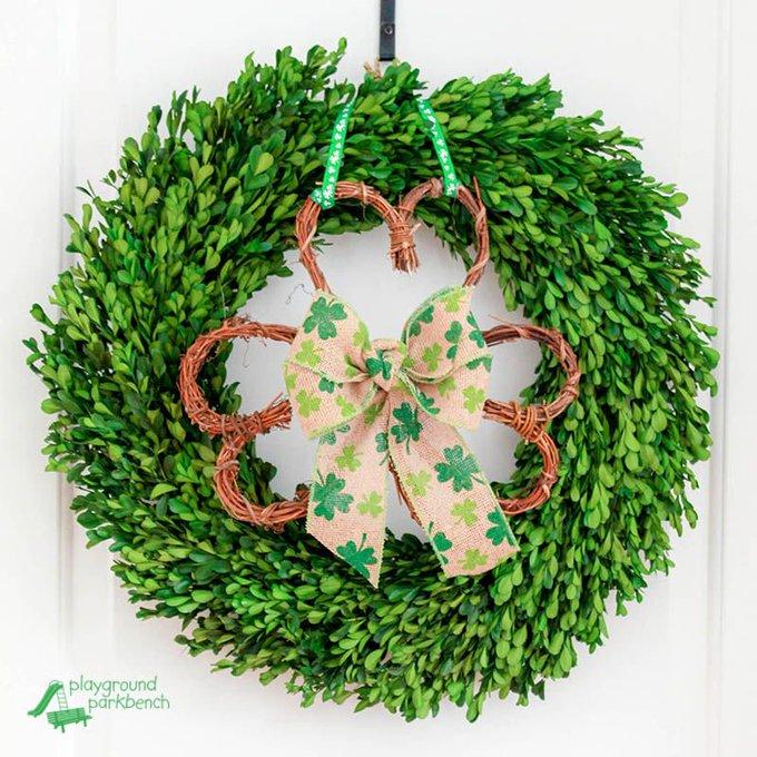 DIY Shamrock Wreath