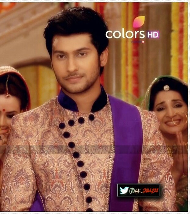 "😍 on Twitter: ""Omg!! He is Wearing Our Laksh's Sherwani😂😂 Woah!!… """