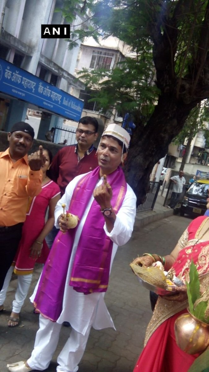 #BMCelection: A bridegroom, Mahesh Nawale casts his vote before marria...