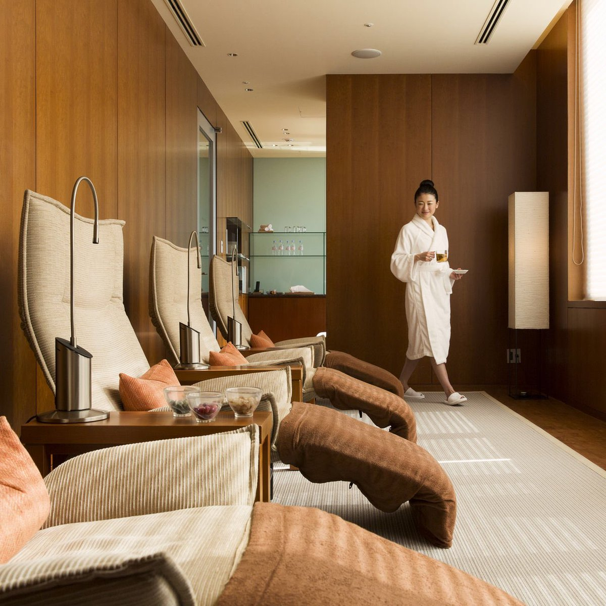 Our Luxury Beauty Spa Package including spa treatment and a lunch with a glass of champagne at Cuisine[s] Michel Troisgros. #hyattregency https://t.co/eNVR4VRnKd