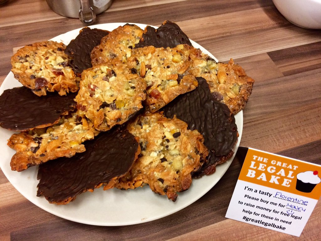 My attempt at making Florentines, for the #GreatLegalBake @londonlegal @BarProBonoUnit https://t.co/ppbGTMRZ8V