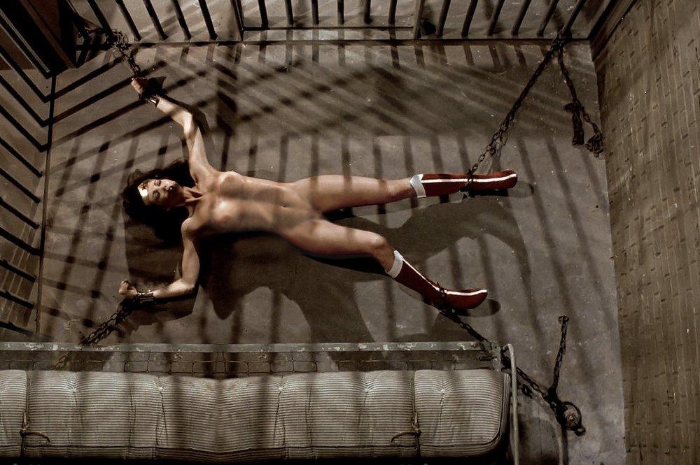 nude photo of filipino in hk
