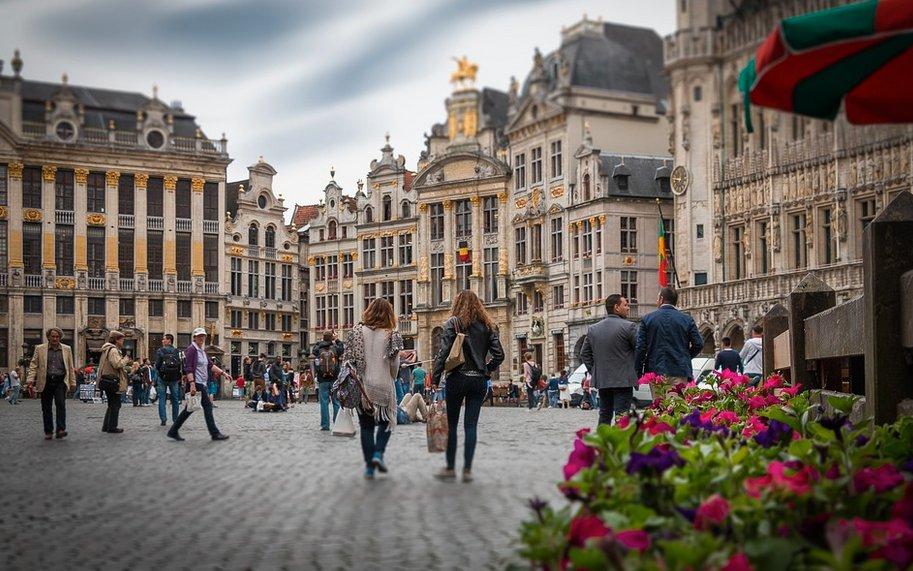 16 800 citoyens belges mobilisés pour veiller au bon respect de l&#39;Accord de Paris #Auboulot #AccordDeParis  http:// buff.ly/2mh4fXG  &nbsp;  <br>http://pic.twitter.com/n6KDDwQkbA