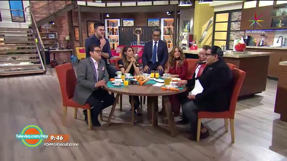 😏#PremiosTVyNovelasMX  ¡Vota en https://t.co/urSmq3AQan ! #DeMiInfanci...