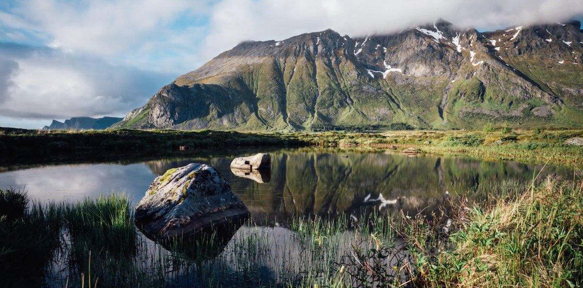 La #Norvège capturée au fil des #saisons dans un #timelapse poétique via @KonbiniFr  http:// bit.ly/2lHPkq2  &nbsp;  <br>http://pic.twitter.com/YbzmjraN01