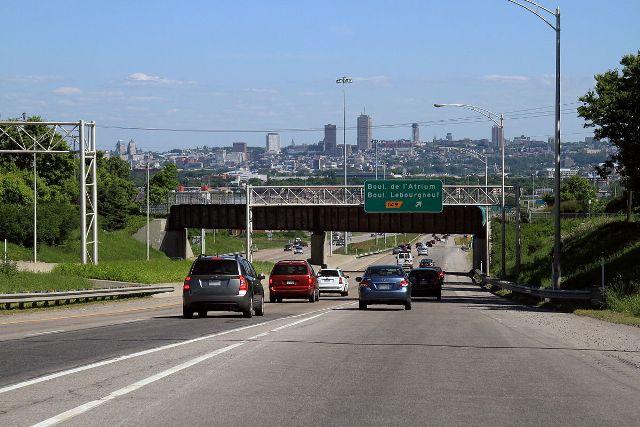 Élargissement de l&#39;autoroute Laurentienne: exit la voie réservée  http:// ecoquebecinfo.com/elargissement- de-lautoroute-laurentienne-exit-voie-reservee/ &nbsp; …  #VilleQuébec #PolQc #AssNat #MTQ <br>http://pic.twitter.com/5ZbGmy207p
