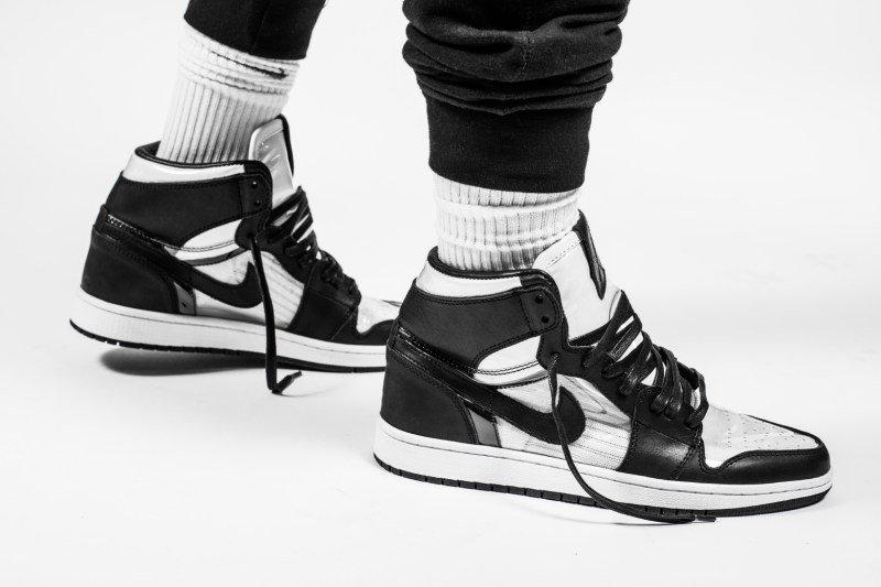 The Shoe Surgeon Gives the Air Jordan 1 a COMME des GARÇONS Treatment  http://www. sneakerscartel.com/the-shoe-surge on-gives-the-air-jordan-1-a-comme-des-garcons-treatment/ &nbsp; …  #sneakers <br>http://pic.twitter.com/yRcxni76g1