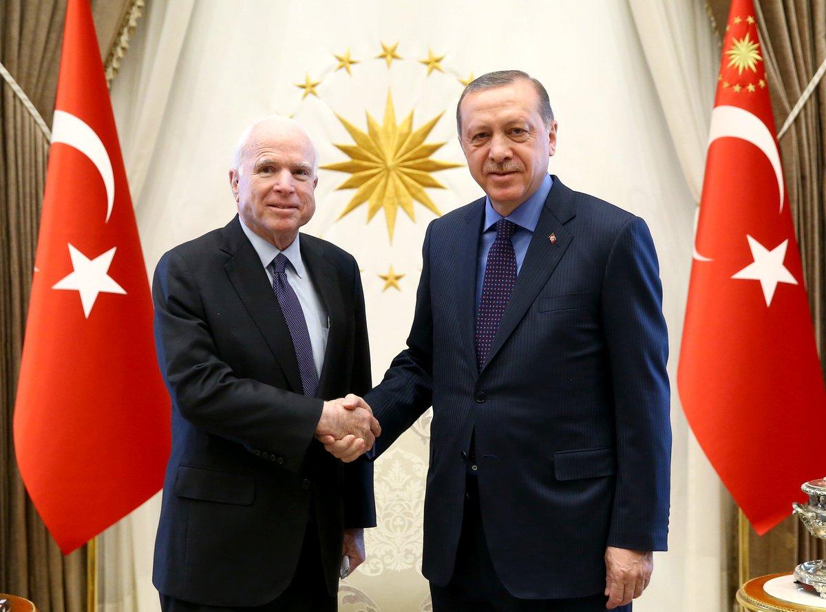 Sénateur #McCain : Les Etats-Unis doivent collaborer avec la #Turquie concernant la Syrie  http:// v.aa.com.tr/755089  &nbsp;  <br>http://pic.twitter.com/uwukFy4fPR