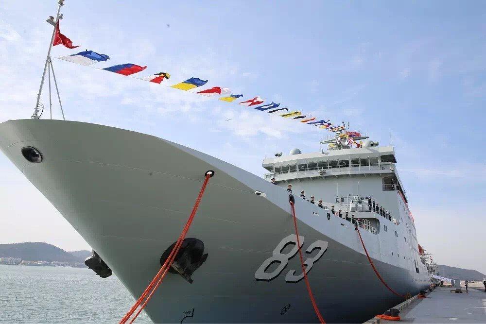 """Новый учебный корабль """"Ци Цзигуан"""" проекта 927 передан ВМС НОАК"""