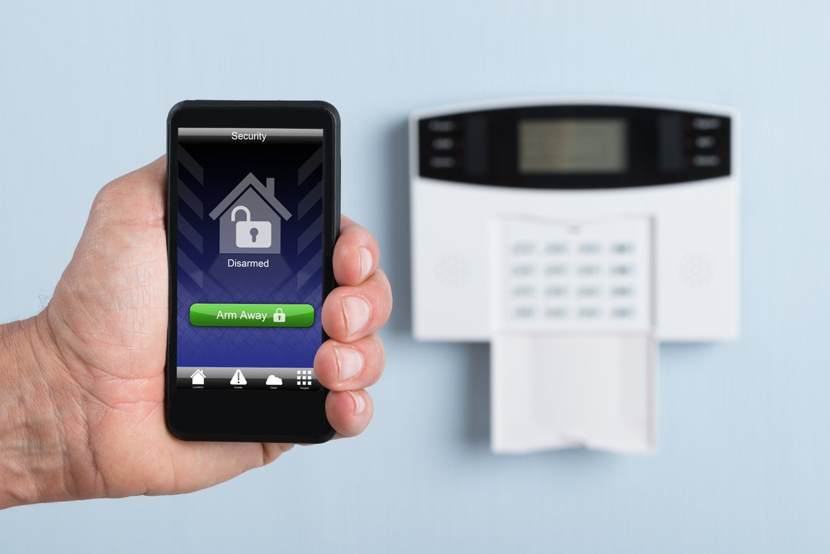 I can be more productive at work knowing my home is secure. 10 best Home Security Systems;  https://www. consumersadvocate.org/home-security/ best-home-security &nbsp; … .  #HomeSecurity  #Saftey<br>http://pic.twitter.com/capcNZJfMO