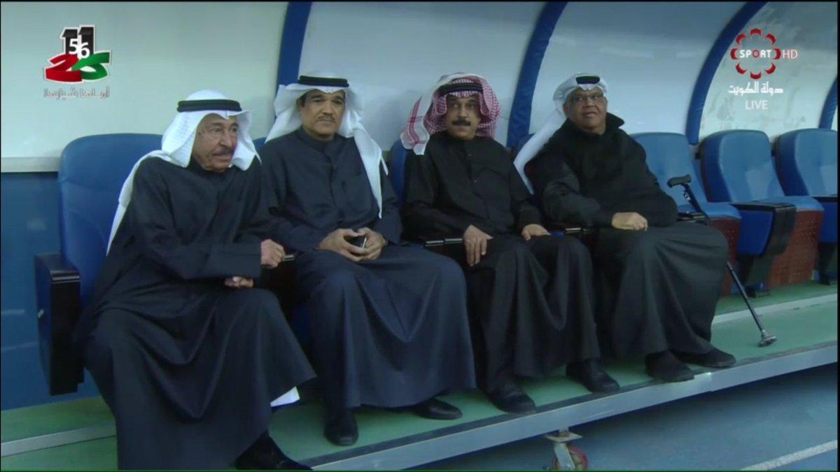 نجوم الاغنية الكويتية على دكة الاحتياط في #استاد_جابر #نهايي_كاس_الامي...