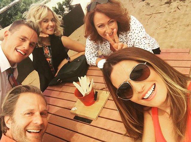 Selfie on set today  #HomeandAway #summerbay #palmbeach #adanicodemou #scottlee #LynneMcGranger #RaechelleBanno<br>http://pic.twitter.com/9fc8CyngNw