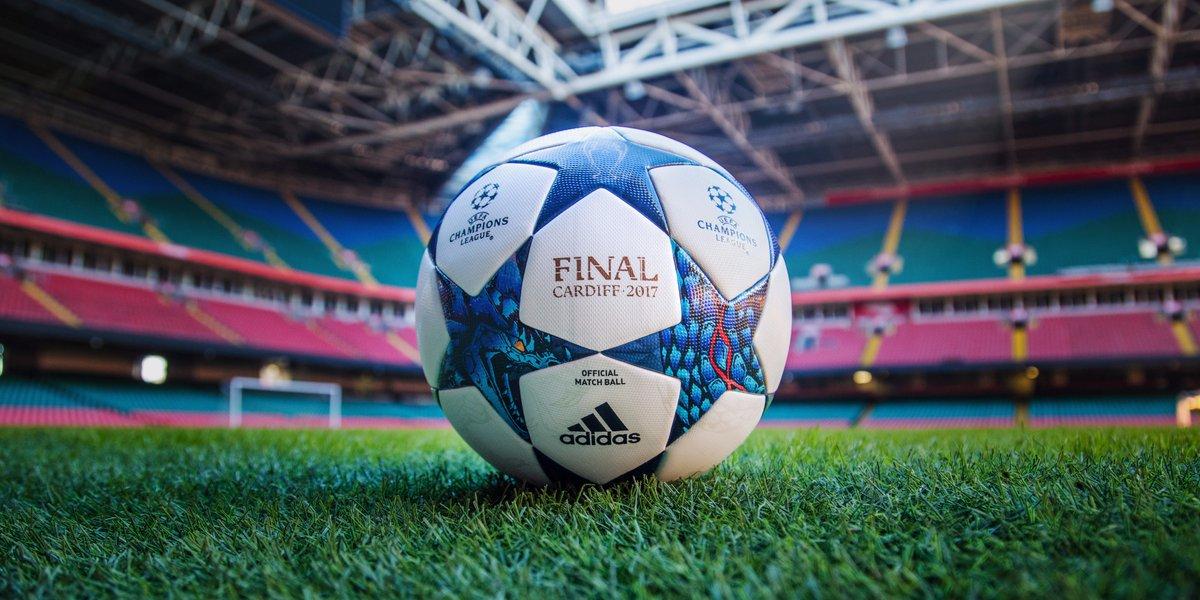 #RT et #Follow @francetvsport pour gagner le ballon officiel @adidasFR de la @ChampionsLeague ! Fin du jeu jeudi à 10h Bonne chance à tous <br>http://pic.twitter.com/764uQ47rOx