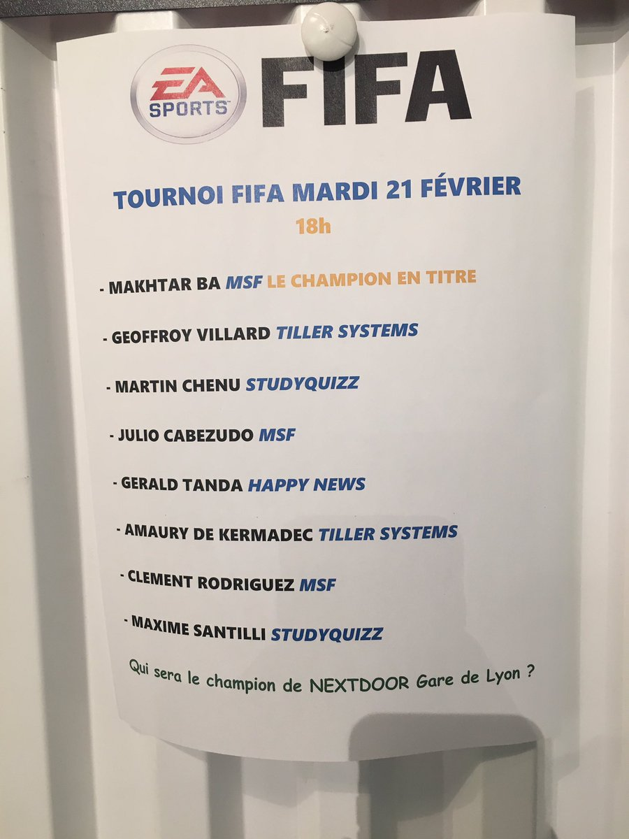 Ce soir c&#39;est Tournoi Fifa chez @Nextdoor_fr #GareDeLyon <br>http://pic.twitter.com/yl7iuxKmi0