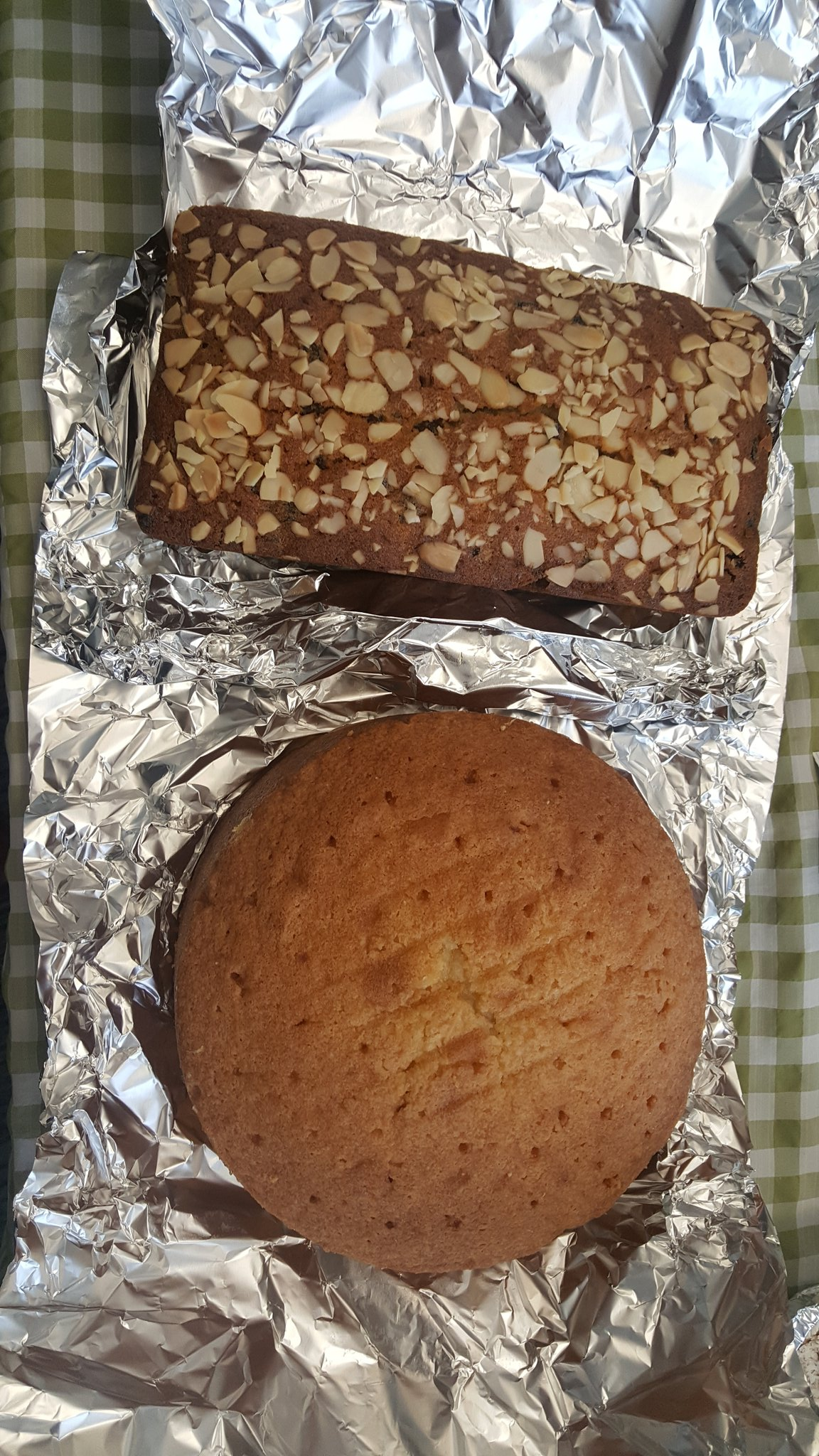 My fruit cake plus almonds and lemon drizzle for #GreatLegalBake Due to a conflict of interest I was excluded from judging by @AcuityLegal https://t.co/rOCMiGTc5B
