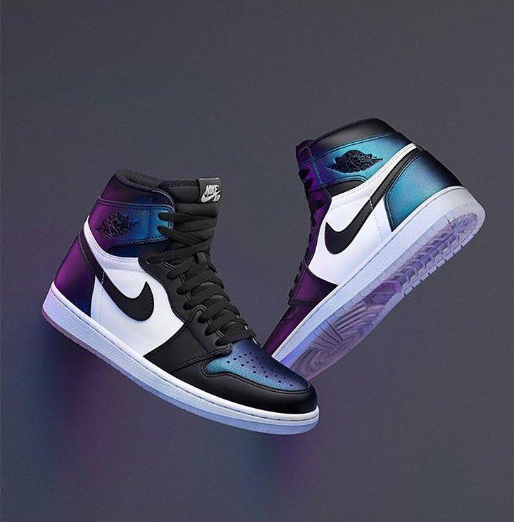 Un caprice auquel je ne résisterai pas #sneakers #AirJordan1<br>http://pic.twitter.com/vR7Q5gVww7