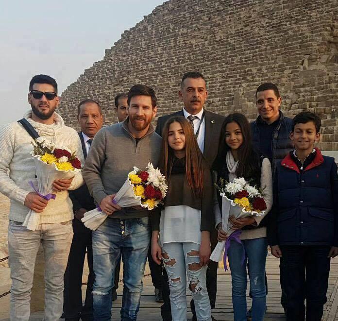 #ميسي في الأهرامات .. #Egypt_Welcomes_Messi https://t.co/0h3ZzWIuqS
