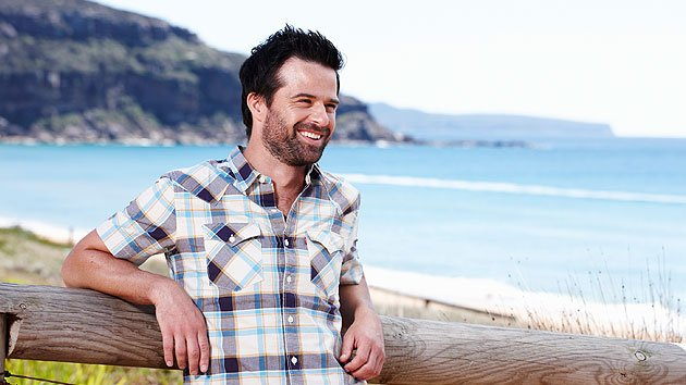 Morning. Here&#39;s @CXClausen from #TOFOP #HomeandAway as you&#39;ve never heard him before. #zwar10Questions  http:// apple.co/2ls9WCR  &nbsp;  <br>http://pic.twitter.com/buE7AXsf4n