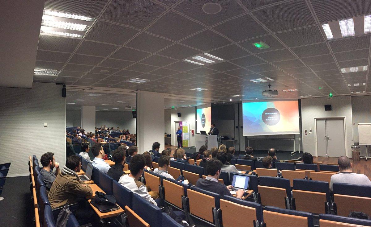 Retour du #CES2017 par @vidal007, let&#39;s start  @SII_IDF @IngenieursECE #FUNgenieur #innovation<br>http://pic.twitter.com/713WUe1OEz