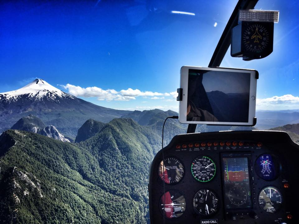 A 40 minutes helicopter trip, starting @hotelviravira takes you up, circling around volcano #Villarrica and its bubbling caldera.