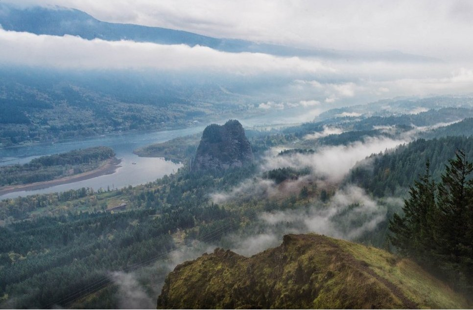 Beautiful! 30 Favorite Hikes Near Portland:  http:// bit.ly/2l8yTD5  &nbsp;    (via @OutdoorProject) #PDX #PDXNOW<br>http://pic.twitter.com/QWeah6ANJz