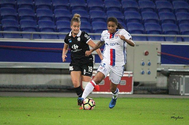 Élodie THOMIS de retour en Équipe de France   http://www. coeur-de-gone.fr/2017/02/10-lyo nnaises-equipe-de-france-thomis-de-retour/ &nbsp; …  #TeamOL #OLFéminin  @Eni_Ley<br>http://pic.twitter.com/G4pKJkpj0v