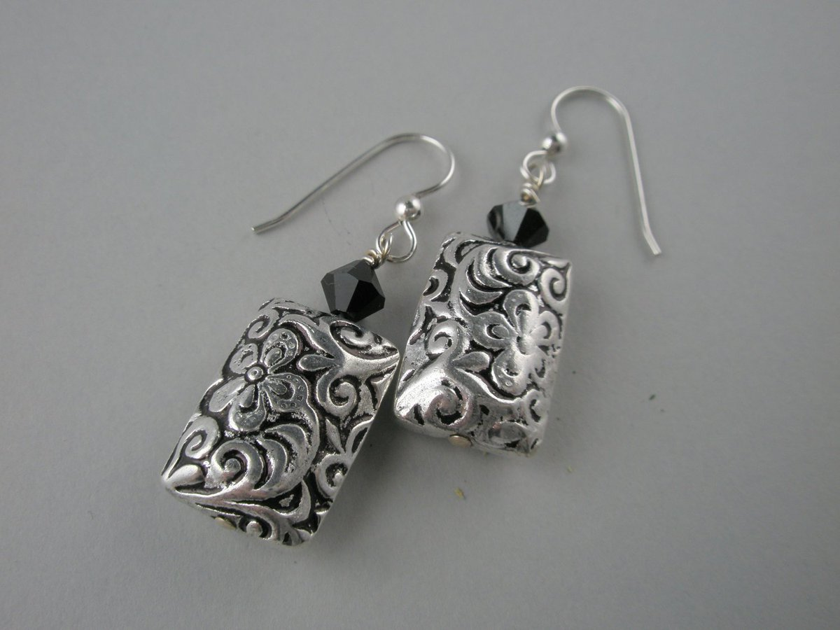 Dangle Embossed Floral Designed Sterling Silver Rectangular Beads with Black S…  http:// tuppu.net/bf4649  &nbsp;   #Etsy #Puffy <br>http://pic.twitter.com/6Siwh1ReRw