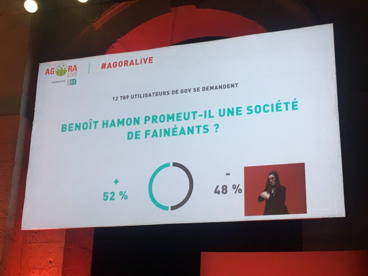 .@benoithamon répond à la question des internautes de @GOV_APP : le #RUE permet de libérer du temps pour se consacrer à sa famille #Blois<br>http://pic.twitter.com/YKJ74aIV1J