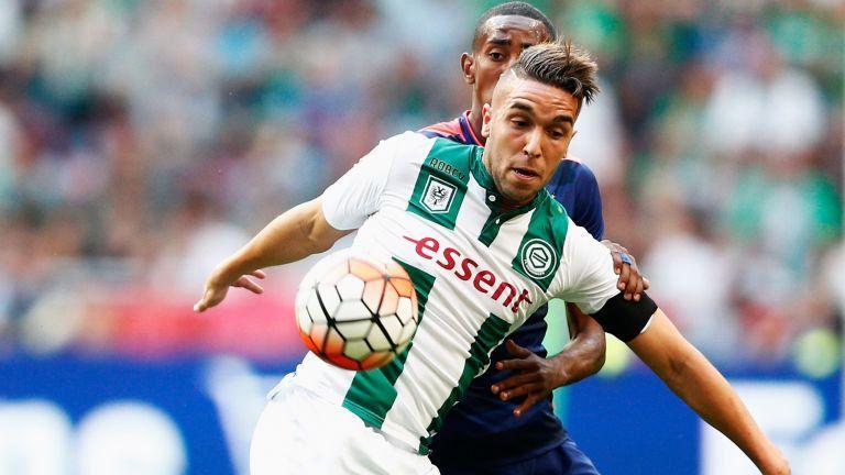 Vidéo. #Eredivisie: pourquoi Mimoun #Mahi serait la nouvelle cible de #Renard   http:// bit.ly/2ljCO1L  &nbsp;  <br>http://pic.twitter.com/aUwg2zDV6R