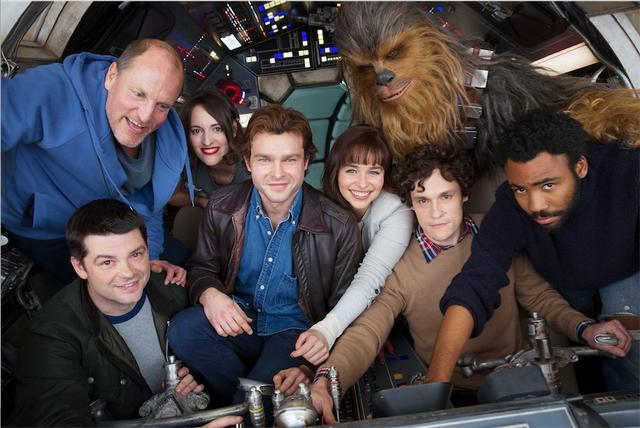 (Metronews):#Star #Wars : une première photo pour le spin-off autour d'Han Solo :..  https://www. titrespresse.com/article/215405 31612/star-wars-han-solo-spin-off-autour &nbsp; … <br>http://pic.twitter.com/zE3Oe2Wfs4