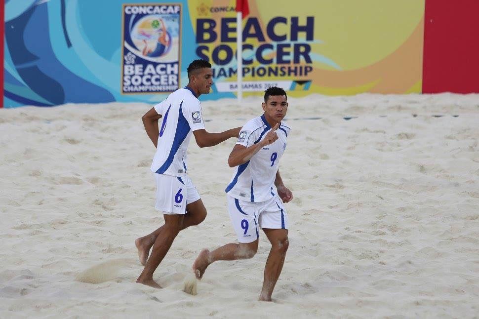 Campeonato de CONCACAF 2017 en Bahamas: El Salvador 9 Islas Turcas y Caicos 2. C5PFu9dWYAEIhT8