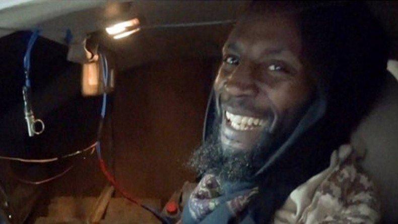 Après avoir touché un million de livres après son passage à #Guantanamo, il finit kamikaze pour #Daesh  https:// francais.rt.com/international/ 34348-million-kamikaze-daesh-guantanamo &nbsp; … <br>http://pic.twitter.com/vG4bCqmafY