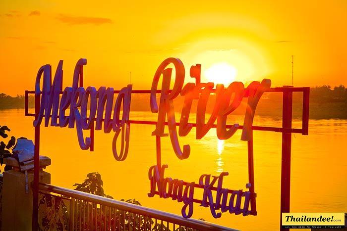 L'Isan dans les 17 meilleurs endroits à visiter en 2017 selon #CNN  http://www. thailandee.com/blog/index.php /10187-lisan-dans-les-17-meilleurs-endroits-a-visiter-en-2017-selon-cnn &nbsp; …  #thailande #voyage<br>http://pic.twitter.com/RgvERZdmKa